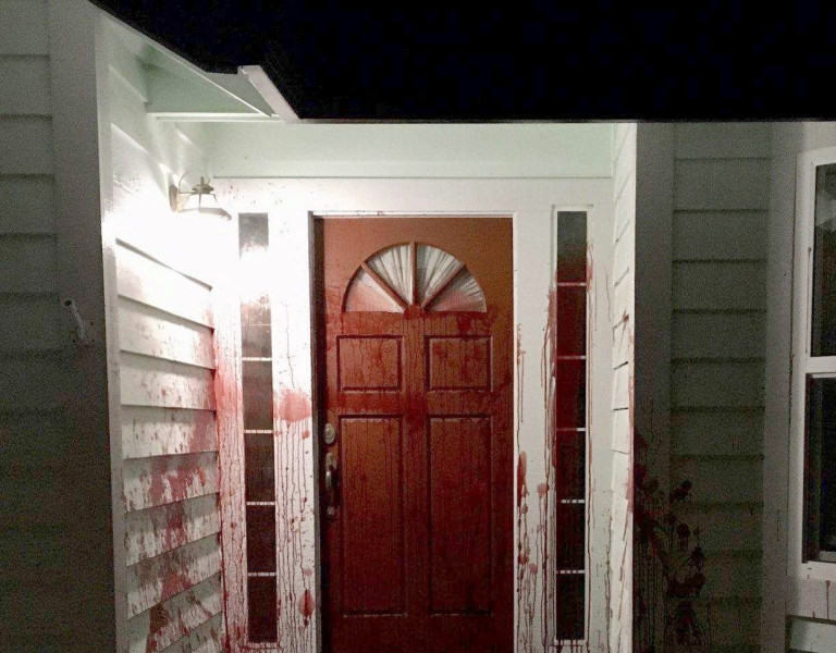 9485085 Vandals target former California home of Derek Chauvin expert witness with a severed PIG'S HEAD after he testified for defense in George Floyd trial