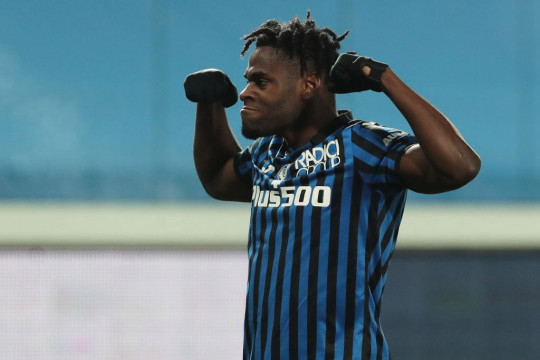 Duvan Zapata opens door to Premier League move and reveals he is an Arsenal fan