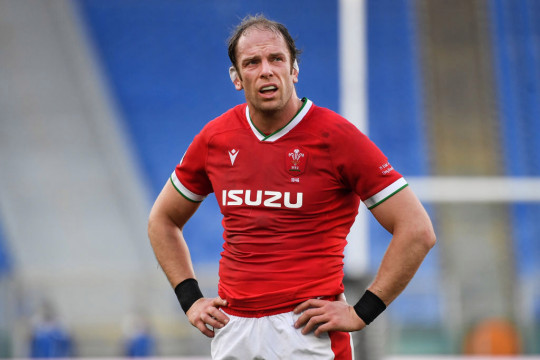 Alun Wyn Jones looks on during Wales' Six Nations campaign