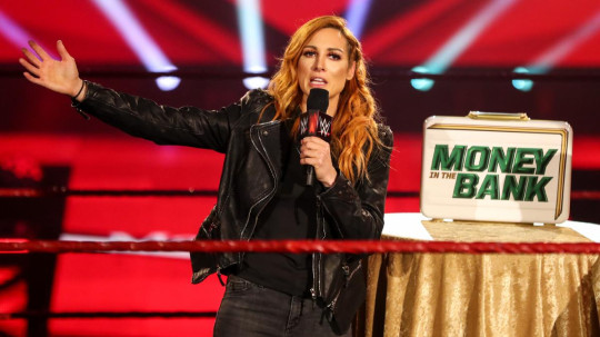 WWE superstar Becky Lynch announces her pregnancy on Raw