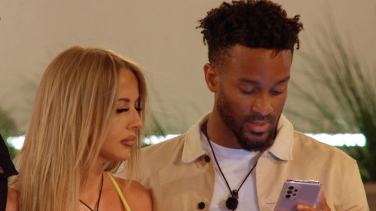 Teddy Soares and Faye Winter from Love Island